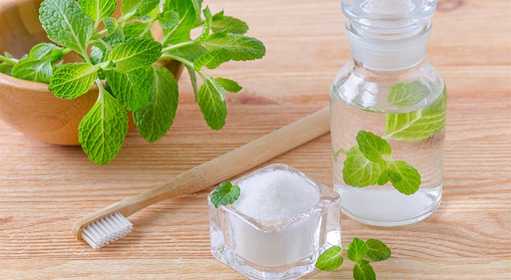 best natural toothpaste for sensitive teeth
