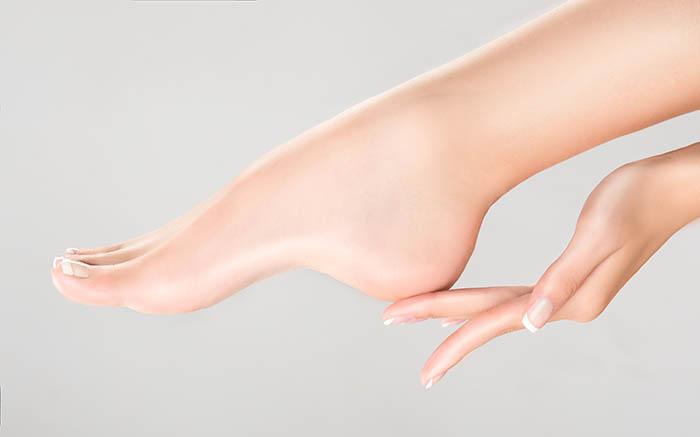 moisturizing foot soak